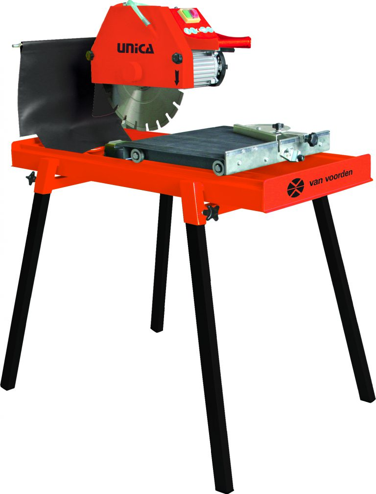 steenzaagmachine-diamant-natuur-steen-zaag-tafel-beton-keramiek-tegels-watergekoeld-unica-voorden